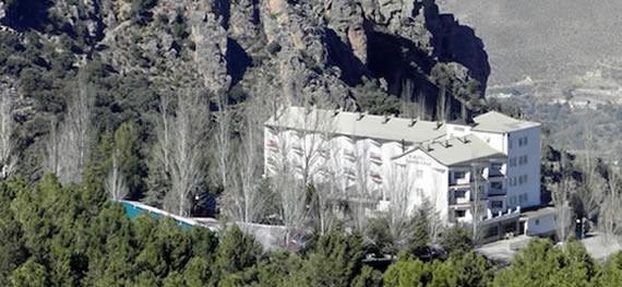 Un Hotel Cargado De Aventura Vacaciones En Sierra Nevada